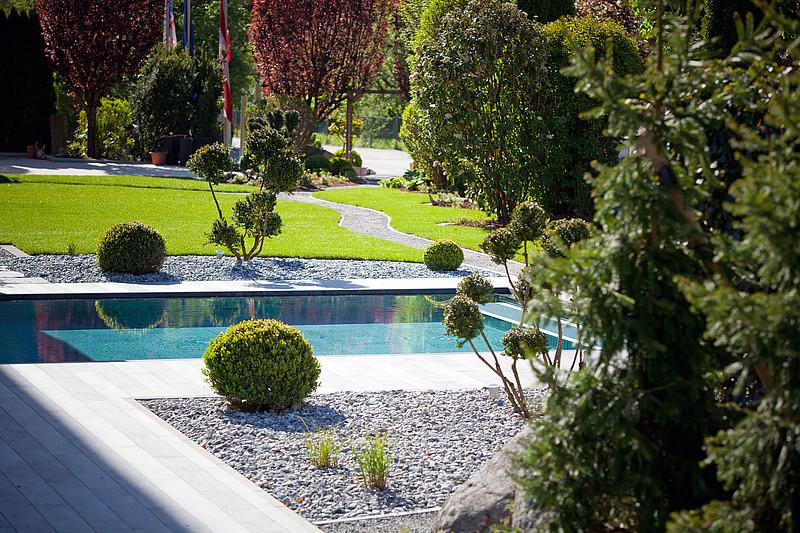 Gartenanlage in ried im oberinntal 4 hotel truyenhof - Gartenanlagen bilder ...